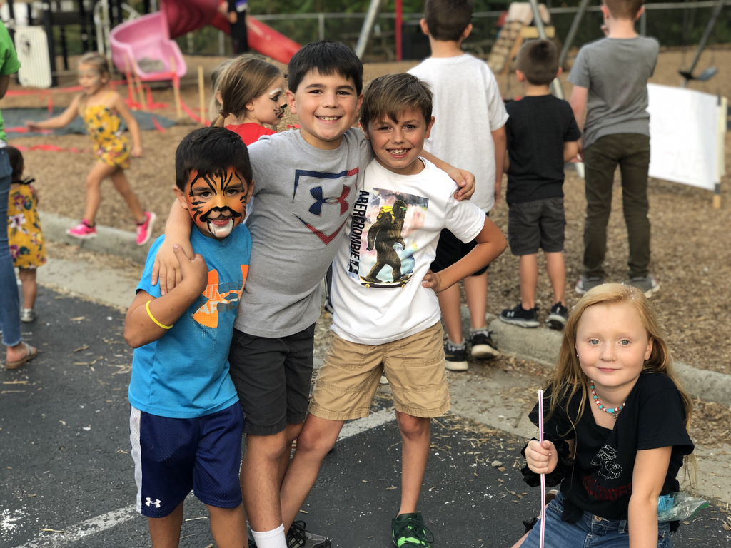"Bulldog Bash Fun with 4 ""sweet"" students"