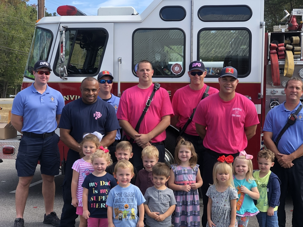 We had a great visit from our local fire station. Thank you so much for coming!
