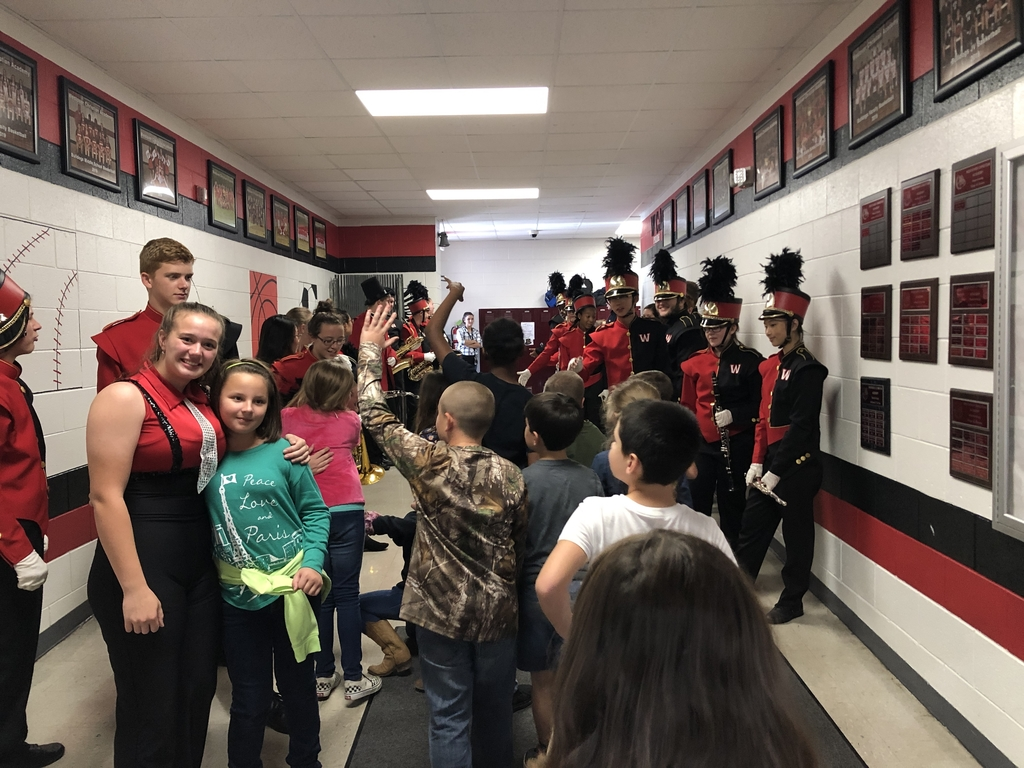 4th Graders excited to meet WCA Band Members!